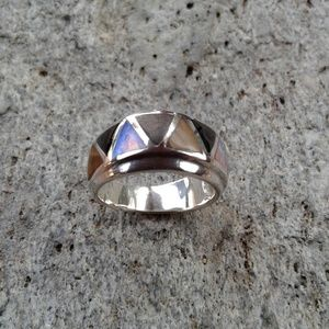 Sterling silver inlaid ring